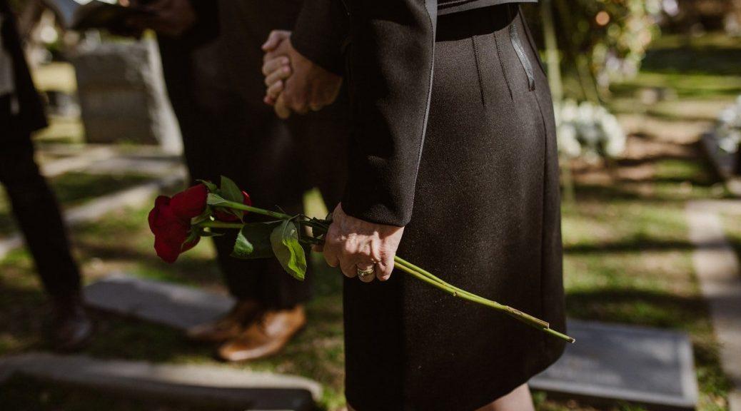 les fleurs pour les funérailles